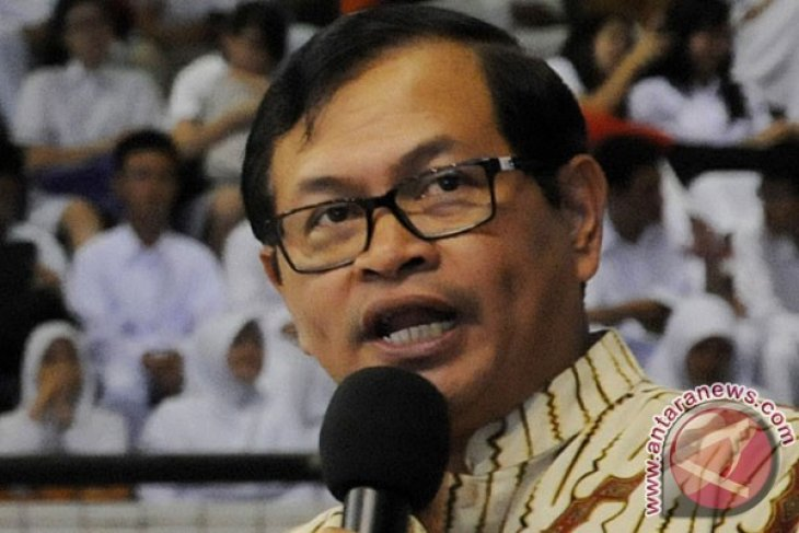 Indonesia should toughen its stance toward tapping