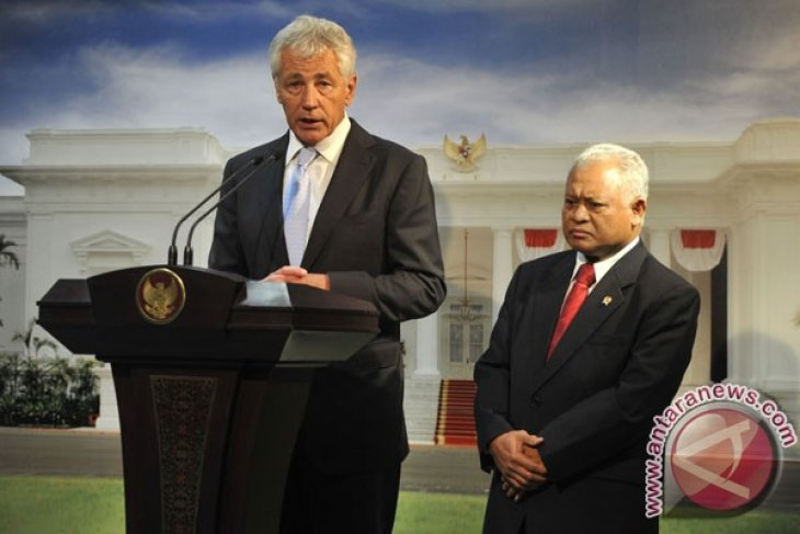 Hagel concludes Indonesian visit