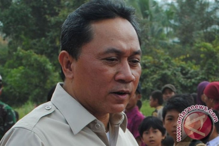 Minister: forest fire in Riau happens on massive scale