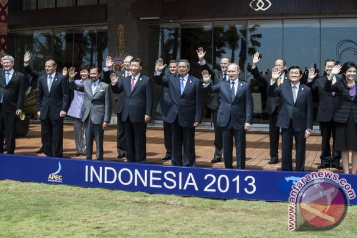 APEC leaders declare war against protectionism