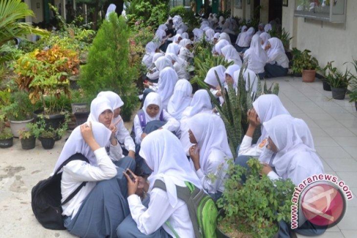 Siswa Man I Model Mogok Belajar Pertanyakan Iuran Sekolah Antara News Bengkulu