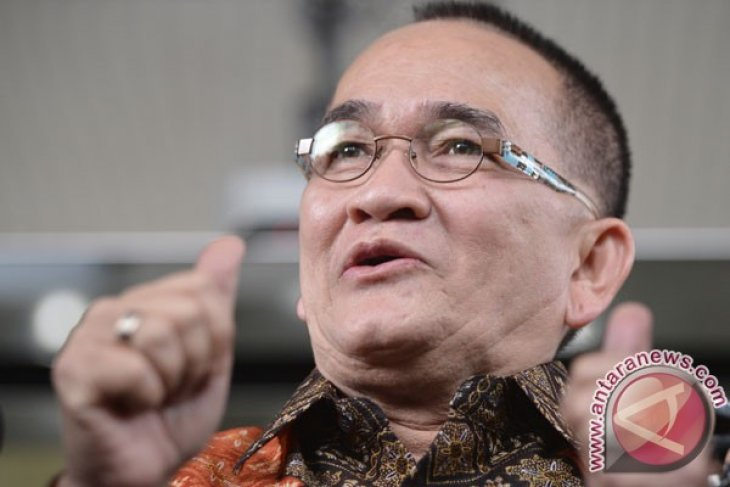 Anti-graft agency grills Ruhut Sitompul over Anas case