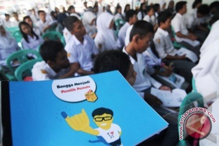 Relawan Demokrasi Sosialisasikan Pemilu Di Sekolah