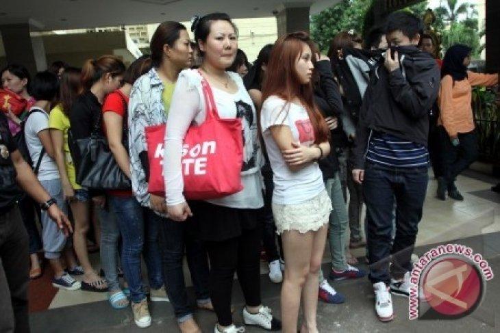 90 WNA China - Taiwan Diamankan Terkait Penipuan 'Online'