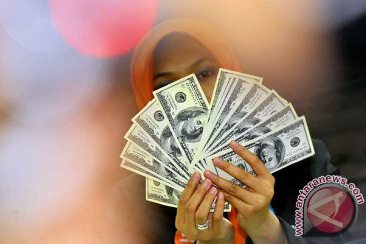 Bank Indonesia supports ban on US dollar transactions at ports