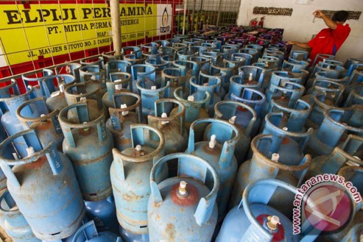 Is Pertamina monopolizing the 12-kg LPG cylinder business?