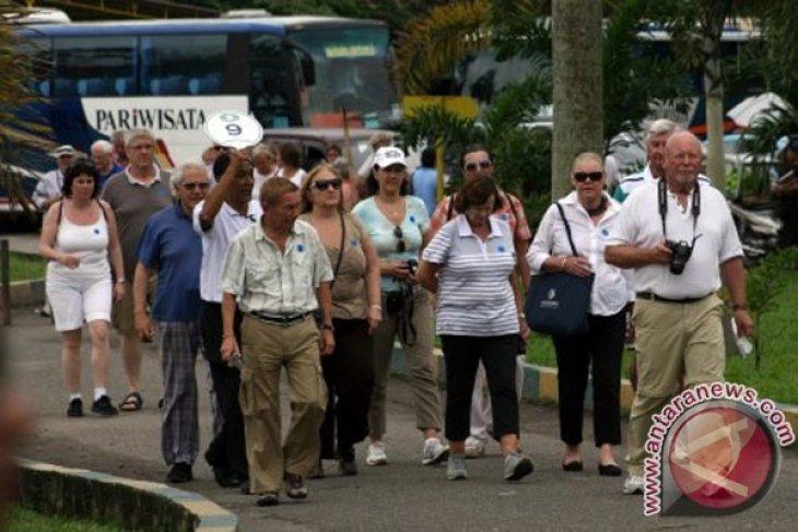 Kunjungan wisman ke Sumut pada  semester I 2021 cuma 205 orang