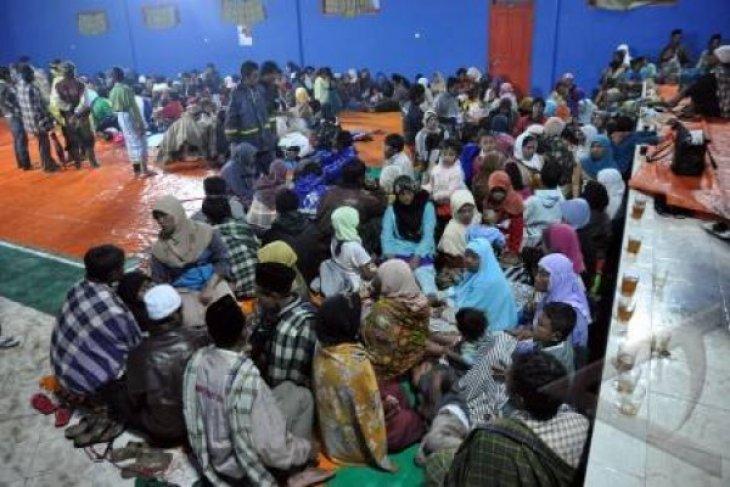 BPBD dirikan tenda pengungsian di tiga kecamatan