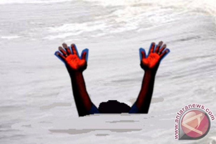 Dua Bocah Hanyut Di Sungai Kalimalang Ditemukan
