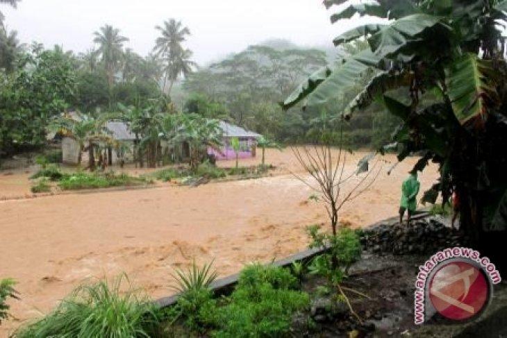 BPBD Ambon imbau warga waspada cuaca ekstrem