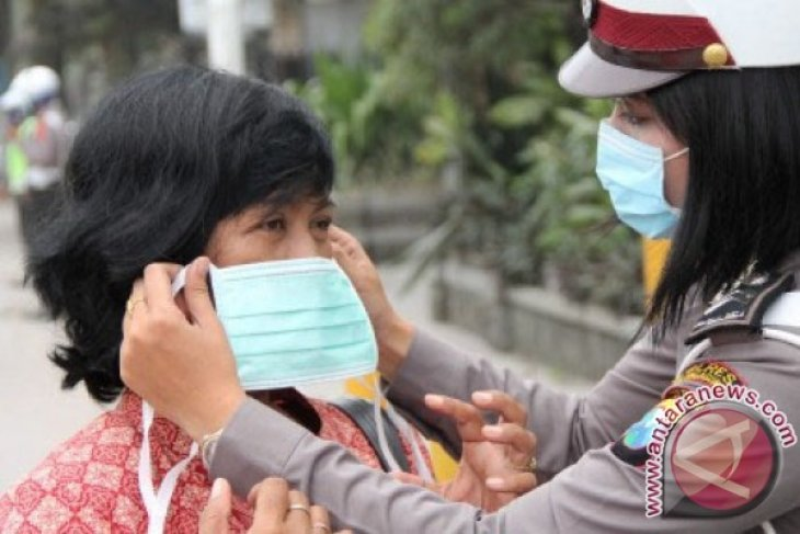 Haze-affected people in Padang to get free masks: Official