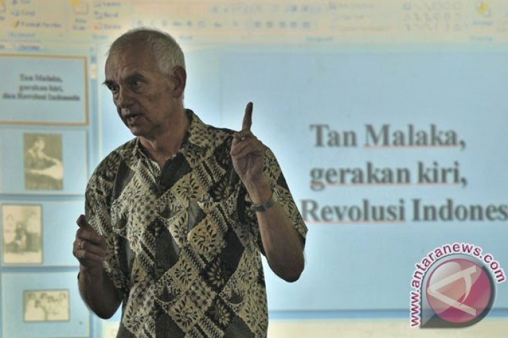 Dutch historian conducts research on Indonesian history for five decades