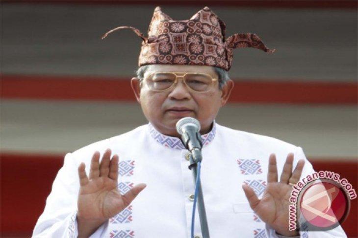 President Yudhoyono awarded traditional title of Luwu Kingdom