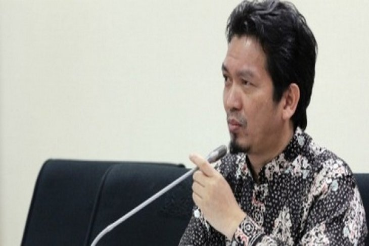 Indonesian house agrees to expert team to select constitutional court justices