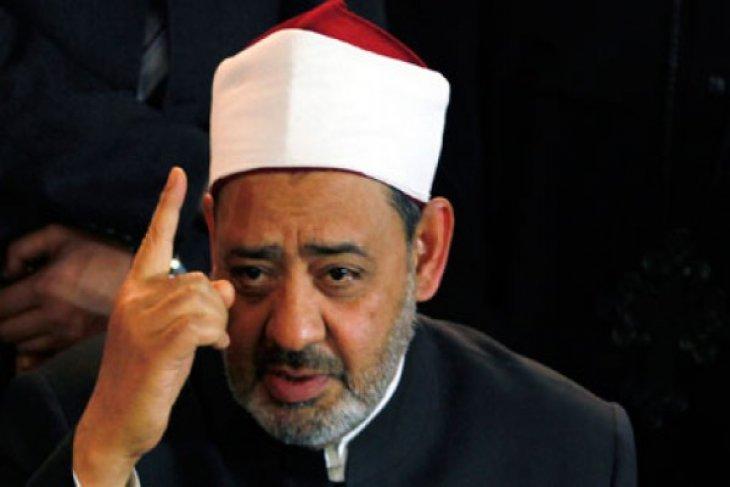 Azhar Imam condemns Zionists storming Aqsa Mosque