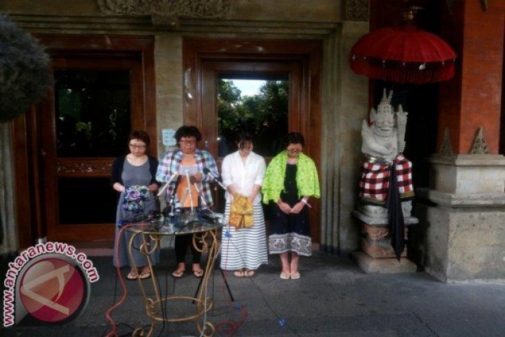 Empat Wisatawan Jepang Tinggalkan RS Sanglah