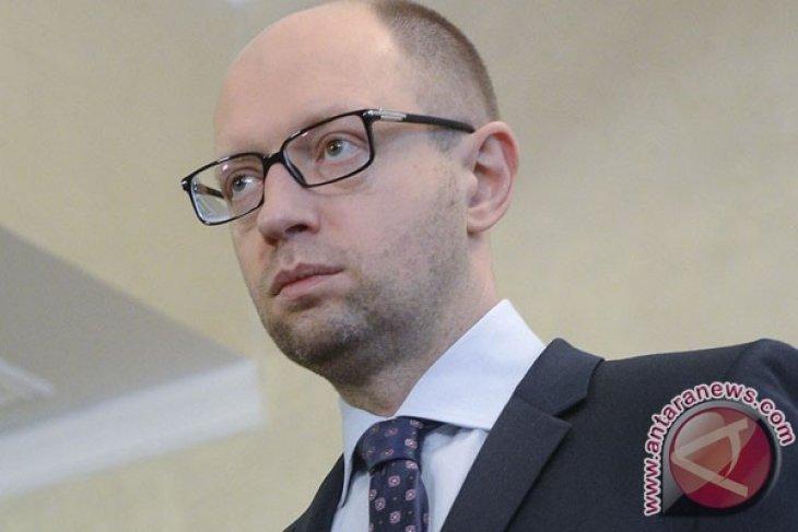 ukraine pm yatseniuk resigns - (d)