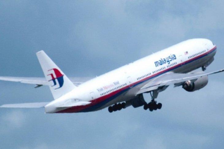 Keluarga Korban Pesawat Malaysia Berangkat ke Kuala Lumpur