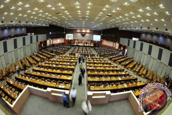 Women`s quality, not quantity, needed in parliament