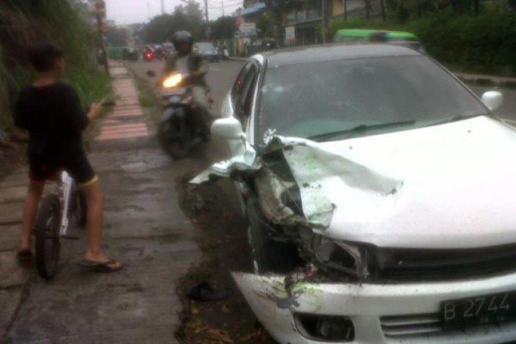 Kecelakaan terjadi di depan TVRI Senayan Jakarta