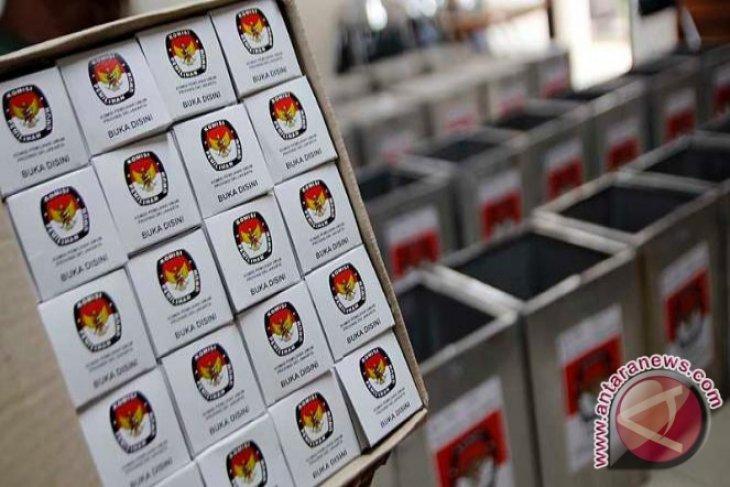 KPU Pangkalpinang Distribusikan Formulir C6 ke Pemilih