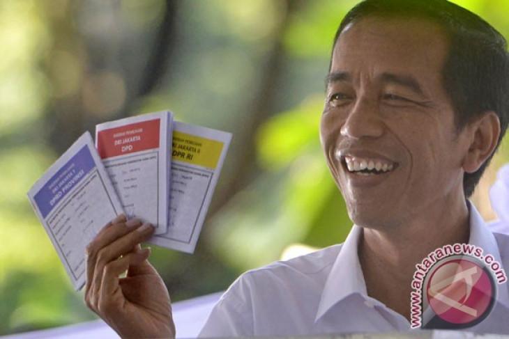 Observer raises suspicion over Jokowi-Blake meeting