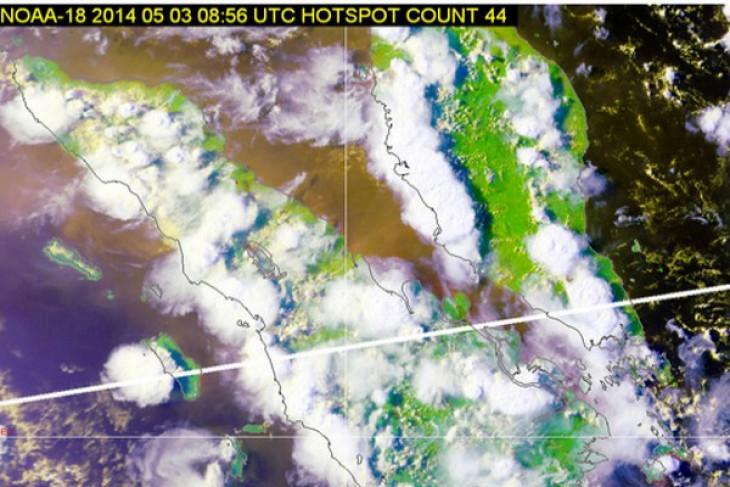 44 hotspots detected in Sumatra
