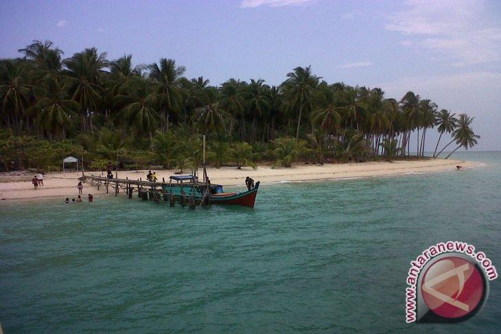 Bangka Tengah Tetapkan Kurau Desa Wisata Bahari