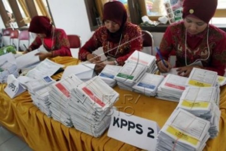 Another overworked election officer dies, toll reaches 92