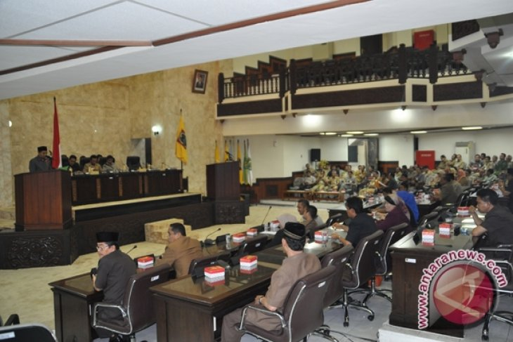 Persoalan Komisi IV DPRD Selesaikan Internal