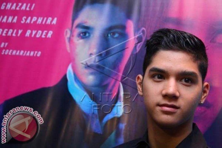 Al Ghazali kecelakaan, Ahmad Dhani mohon doa