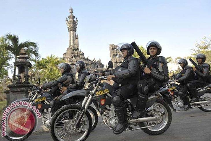 Ratusan Polisi Polda Papua Barat Minta Pindah ke Bali