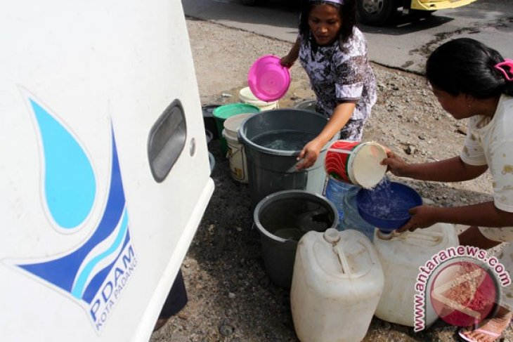Indonesia striving to supply potable water