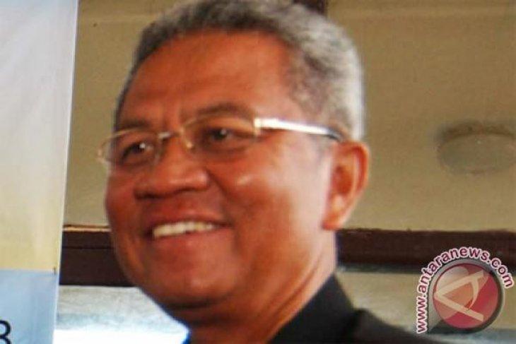 Bupati Sukabumi Ancam Tutup Operasi Semen Jawa