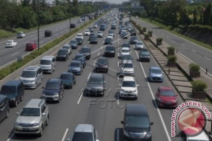 Tol Cimanggis-Cibitung Kurangi Beban Angkutan Barang Jakarta-Cikampek