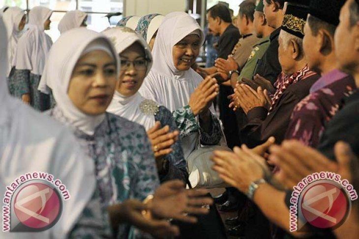 Kemenag Denpasar lepas 331 calon haji