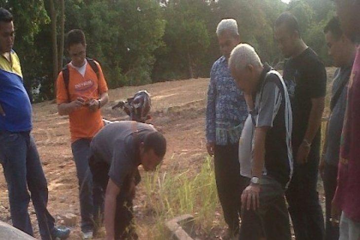 Pekerja Proyek Temukan Dua Meriam di Baturakit