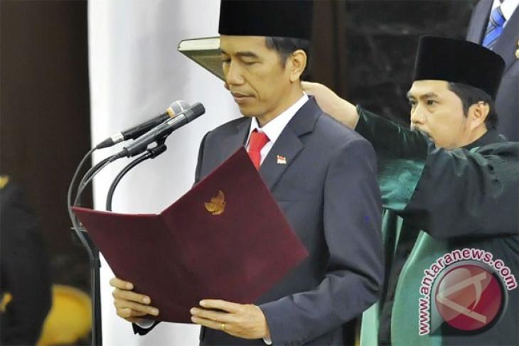Jokowi, Kalla sworn in as Indonesian President, VP