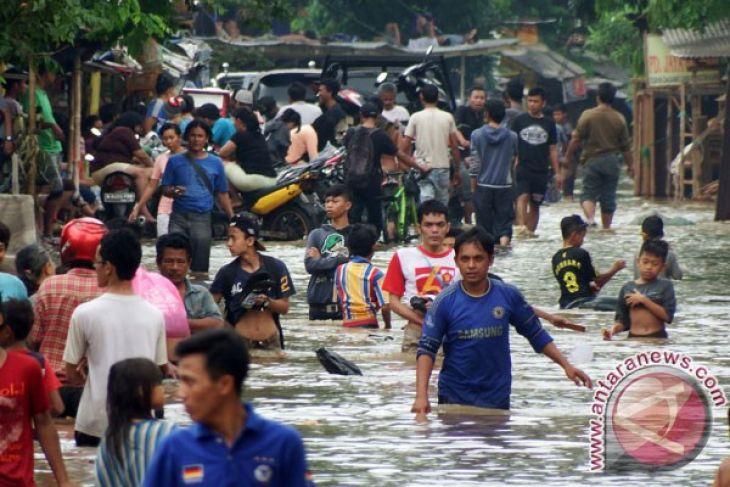 Social affairs ministry monitoring Jakarta floods