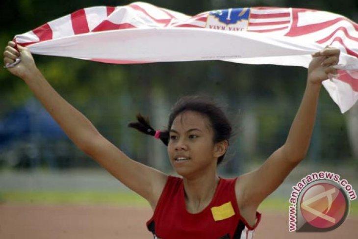 Jeany Nuraini calon bintang lintasan atletik dalam debutnya di PON Papua