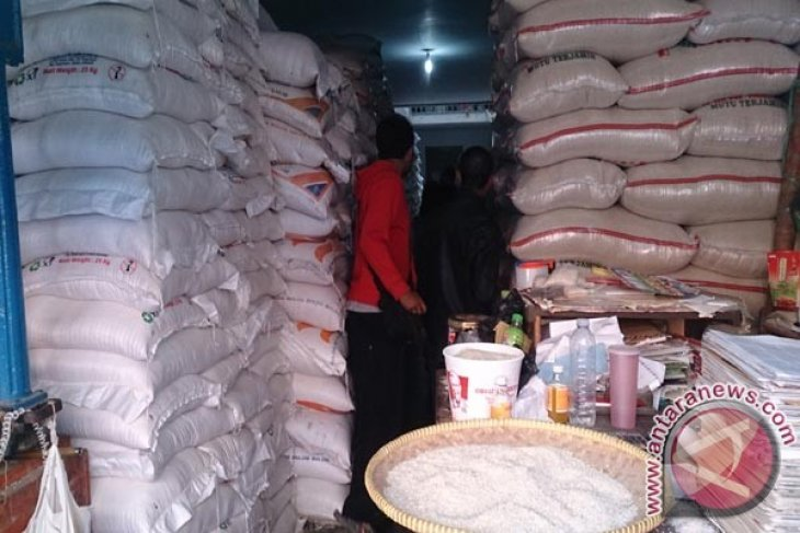 Kabupaten Sukabumi Targetkan Surplus Beras 400.000 Ton