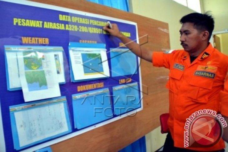 Tim SAR Temukan Lokasi Tumpahan Minyak AirAsia