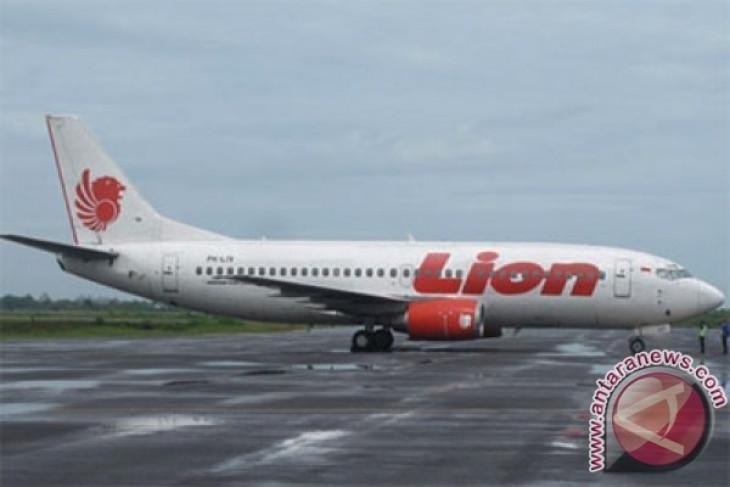 Lion Air plane overruns at Juanda Airport