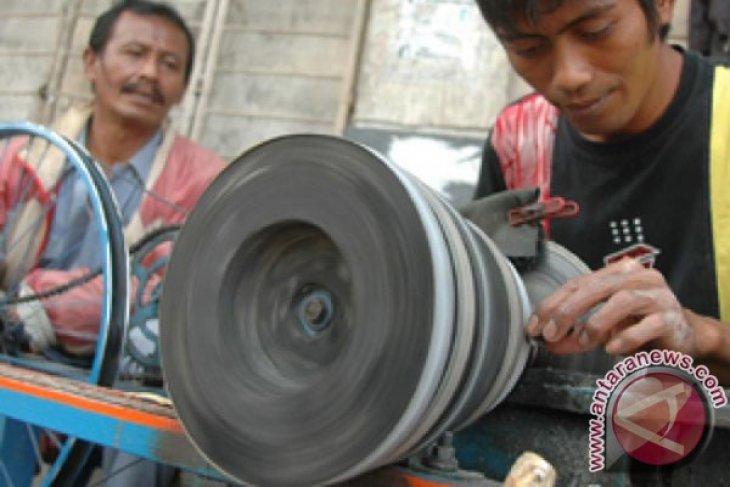 Pemkab kaur latih 35 perajin batu akik