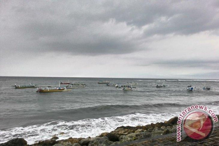 Cuaca Buruk di Selat Bali, Pelabuhan Gilimanuk
