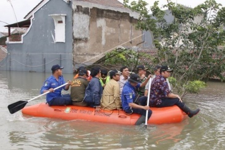 Wali Kota Tangerang Pantau Banjir