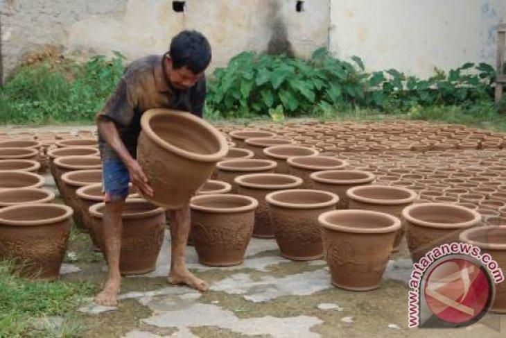 Keramik Plered Purwakarta Tembus Pasar Internasional