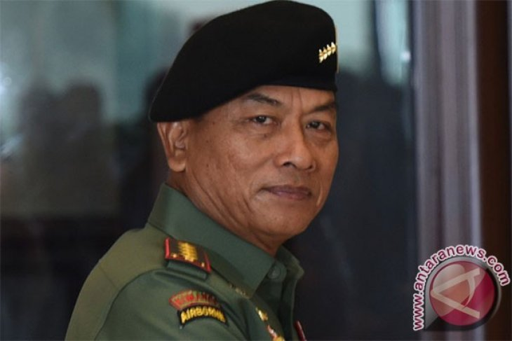 Indonesian military personnel may accompany press in Papua