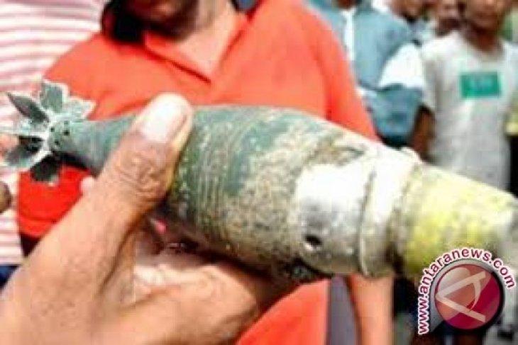 Warga Agam temukan mortir peninggalan Pemerintah Darurat