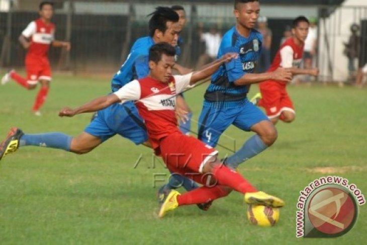 Pele Soal Perlunya Proteksi Sepak Bola